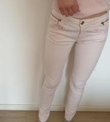 Bershka pantalone  roze 36