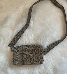 Potpuno nova zmijska torbica