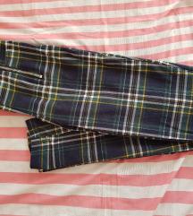 New yorker karirane pantalone