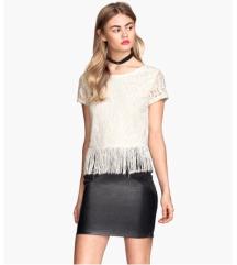 H&M cipkana bela bluza sa resama SNIZENO 500