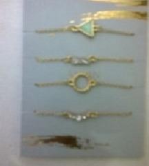 4 narukvice pozlacene iz avona