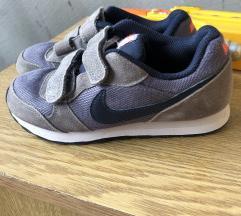 Nike decije br 30