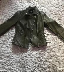 Zara kozna jakna snizena na 1300 HITNO