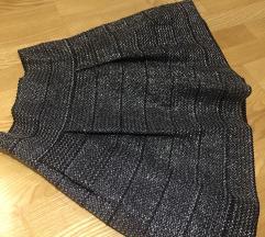 H&M nova suknja sa cvrstim materijalom