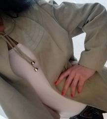 Extra jakna, Habeara