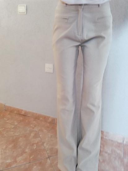 Pantalone nude, krem boje