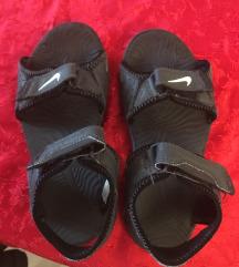 Nike sandale br33, ug 21cm