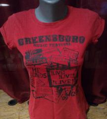 Crvena majica kratkih rukava sa printom