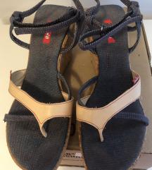 Levi's sandale - japanke na punu petu