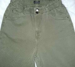 BERSHKA maslinasto zelene paperbag pantalone/ NOVO