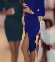 Plava haljina do kolena