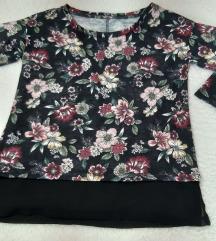 Cvetna bluza sa ¾ rukavima, kao nova