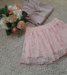 Baby roza suknjica od čipke 👑