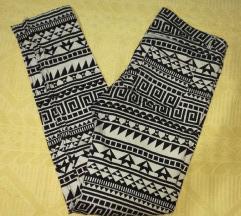 Uske pantalone sa Aztec printom