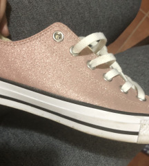 Starke Converse Pink