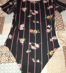 Cropp body majica sa cvetnim motivima