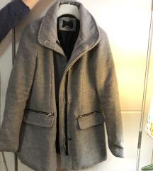 Novi sivi kaput