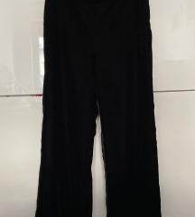 %%%Lindex pantalone od crnog plisa