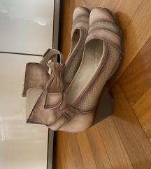Kozne zenske cipele