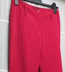 Crvene zvonaste pantalone