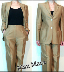 Max Mara odelo