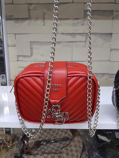 💎💎💎Guess torbice vise boja💎💎💎