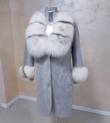 SNIŽENO Ženski kaput alpaka sa prirodnim krznom