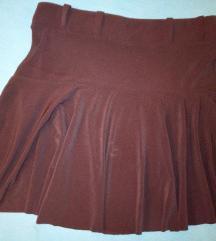 Crna leprsava suknja