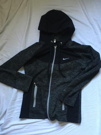 Nike duks NOVO