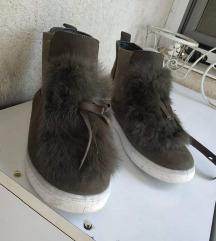 Maslinasto zelene plitke cizme
