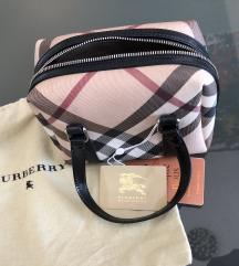 Burberry mini torba original