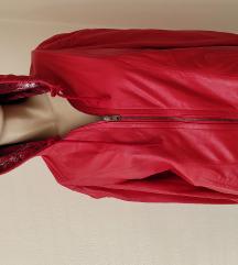 Prelepa NOVA crvena jakna