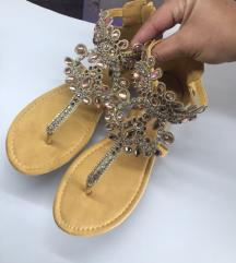 sandale sa kristalima