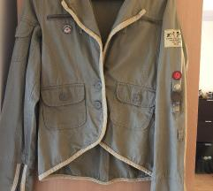 ONLY mili jaknica