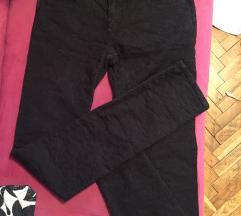 Original armani jeans crne pantalone 37,38