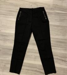 ESMARA crne pantalone
