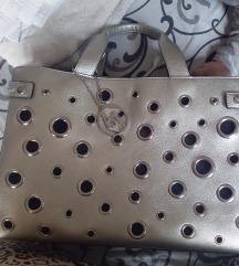 armani srebrna torba