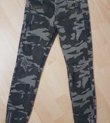 ZARA pantalone (military print)