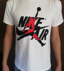 Nike majice M🔝🔝🔝🔝AKCIJA 2 za 1400
