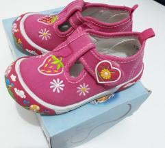 Pink sandale za devojcice (broj 24)