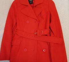 Pepe jeans  crven kaput S vel