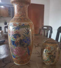 Kineska vaza i jaje