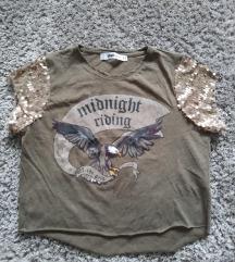 Cropped majica sa šljokicama i printom