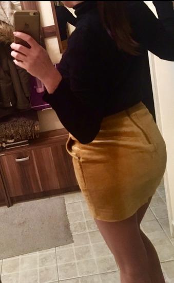 Oker suknja H&M, deblja kao NOVA