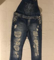 Ženske pantalone na tregere
