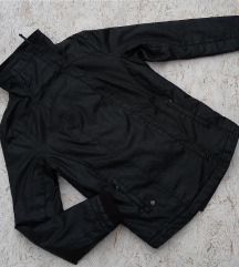 Novo! Crna jakna Ragwear