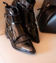 NOVA CENA Massimo Dutti crne čizme 38