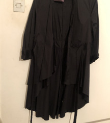 Nova **Zara** gothic kimono haljina **sada 3000**