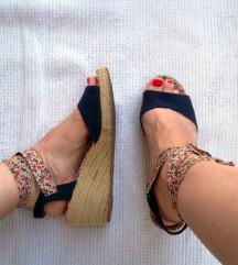 Roxy sandale - špagerice
