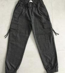 Zara pantalone vel.140 (10)